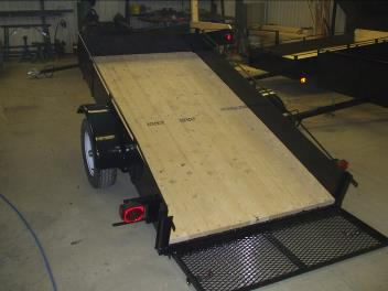 Trailer 4′ x 8′ – 2000 pounds – 12 inch sides and door